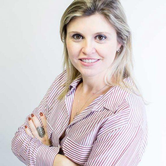Cris Moraes - CM Comunicação Corporativa